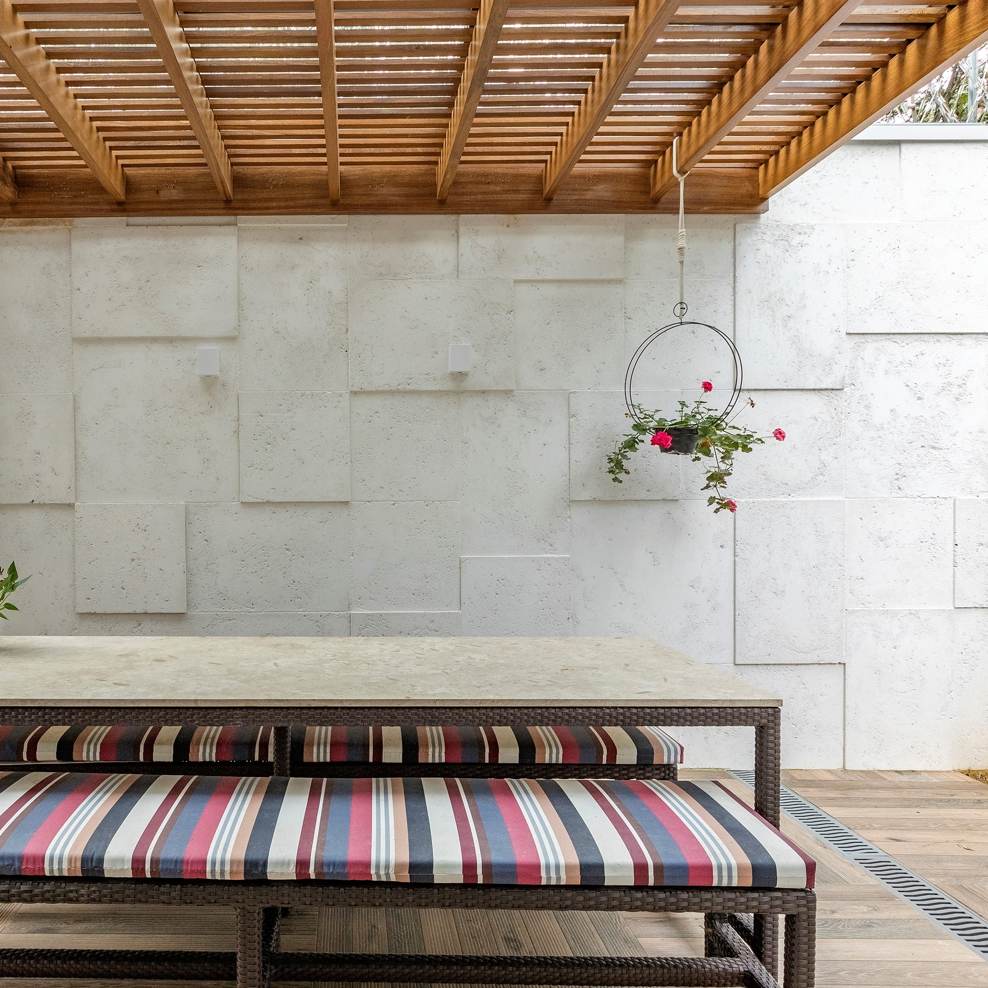 Etrusco Branco - Arquiteta Raquel Miyatake