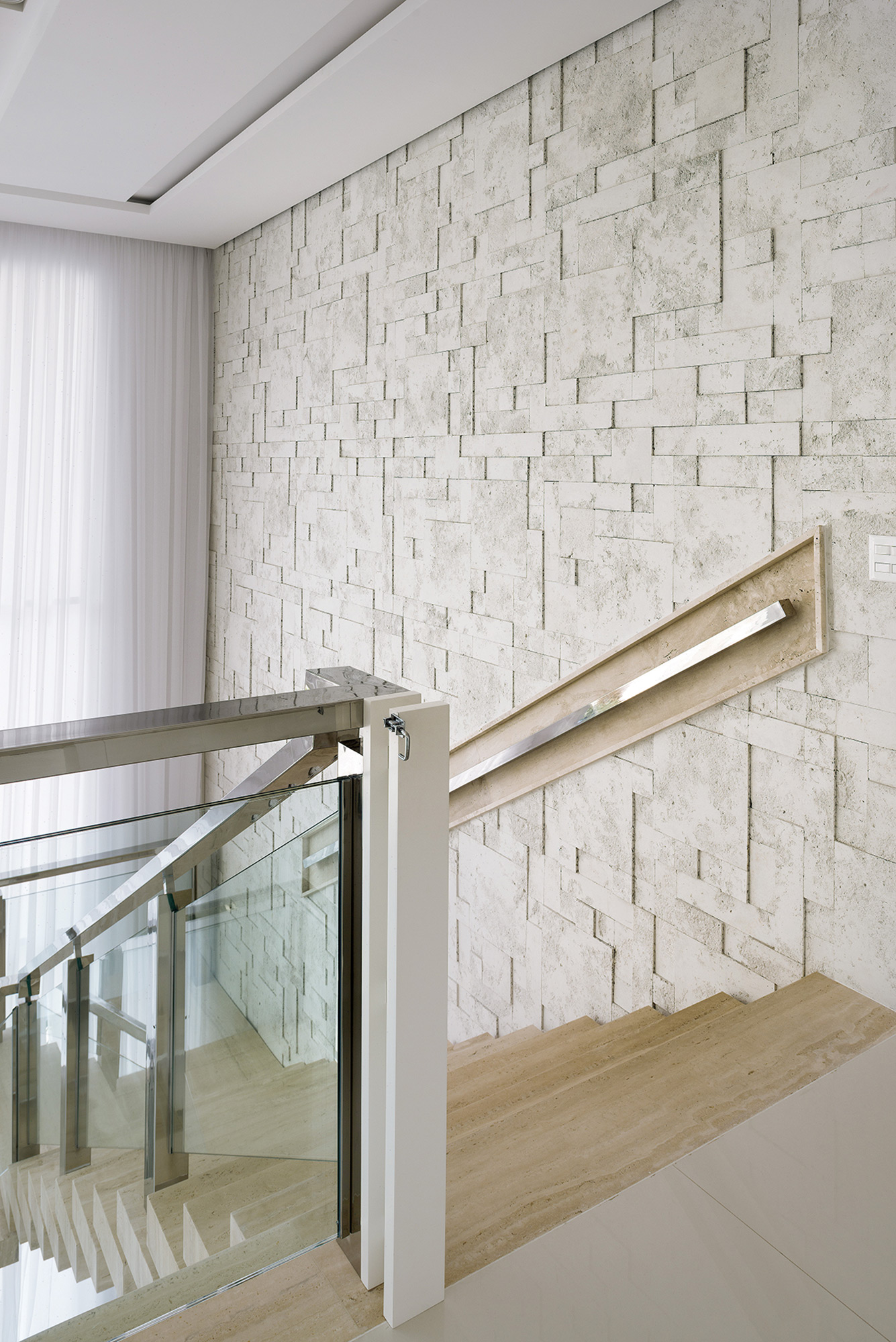 Mosaico Etrusco Mosaico Branco - Arquiteto Rogerio Perez - Foto Inês Antich