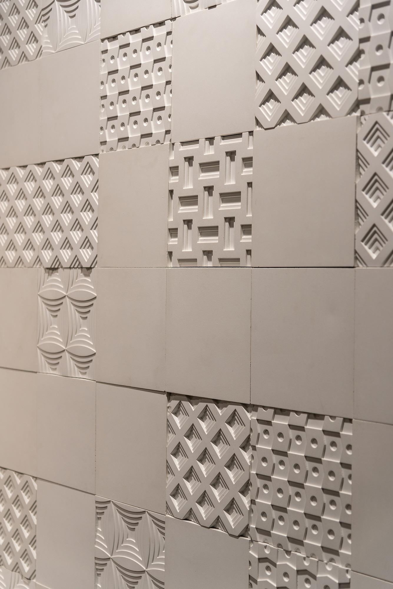Segmentos e Mosaico Paris Brancos - Expo Revestir 2019 - Foto Favaro Jr.